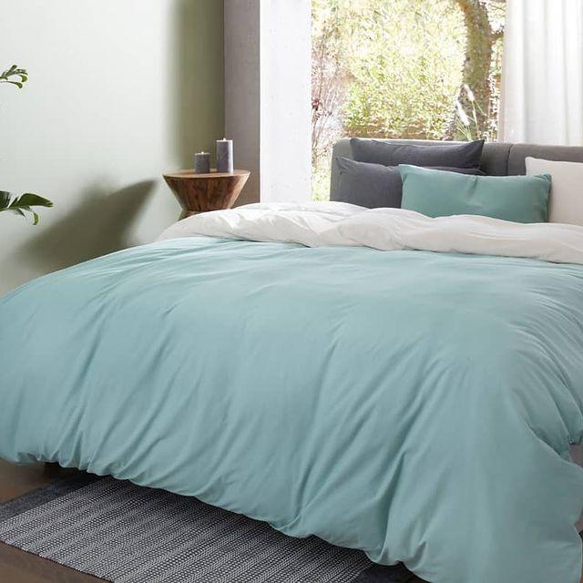 טיפ לשדרוג חדר השינה: הרשו לעצמכם לשלב מצעים בצבעים שונים אשר יבטאו את חוש הטעם האישי שלכם